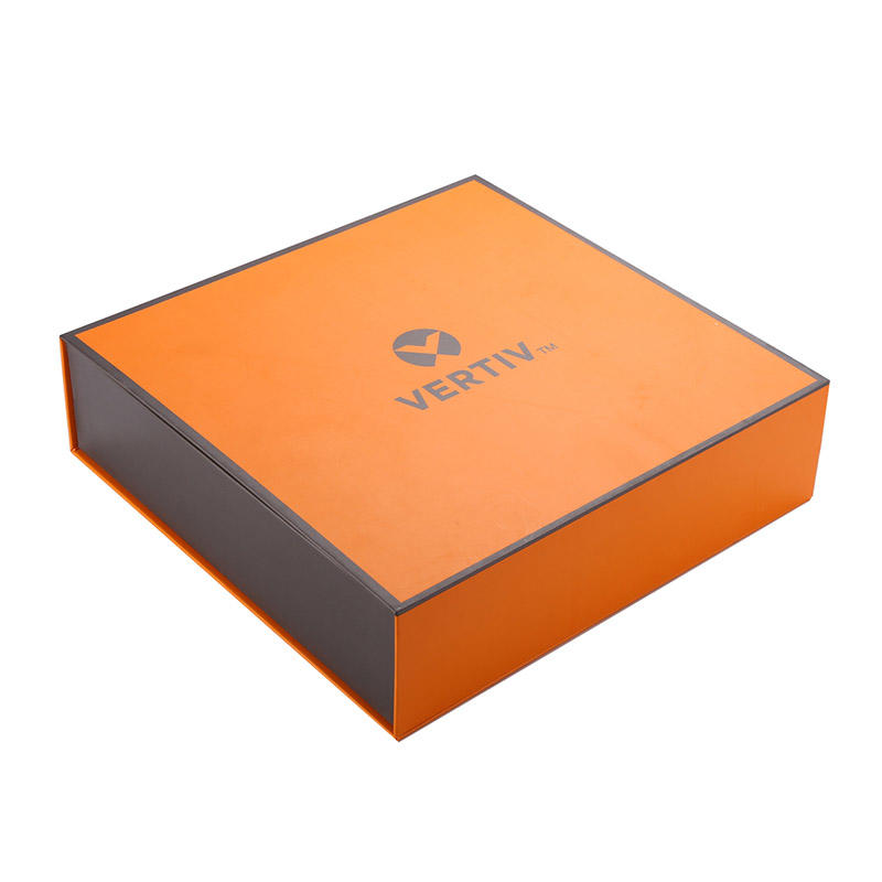 Colorful printed magnetic closure gift box