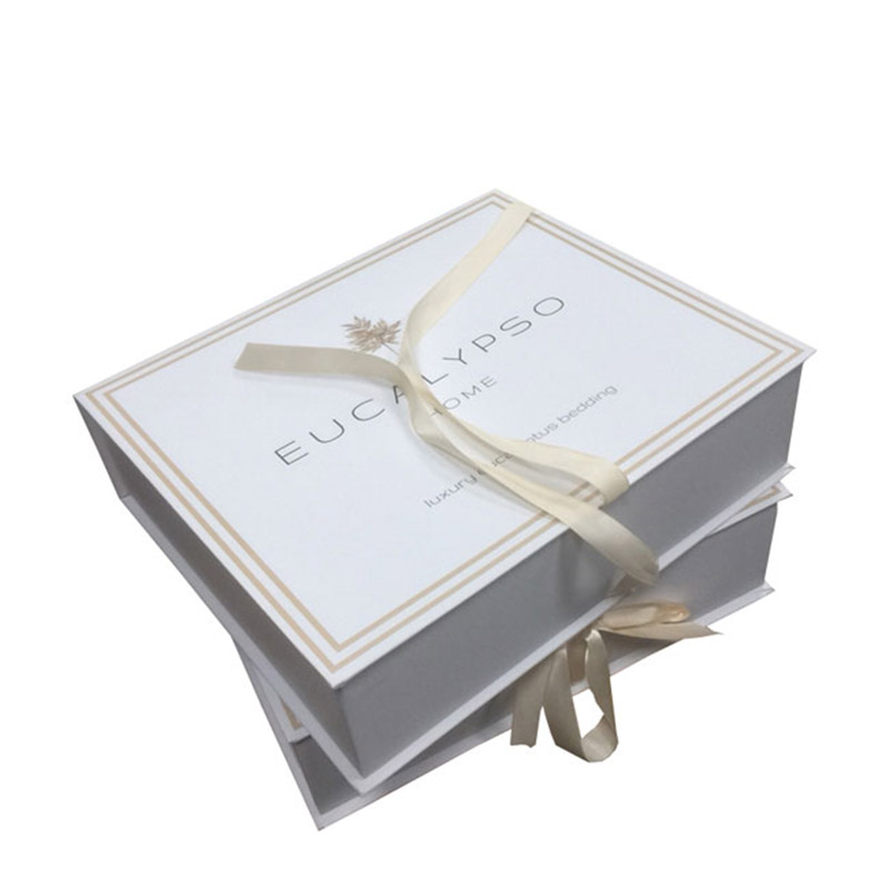 high-quality gift box with ribbon closure recycle windows for sale-3